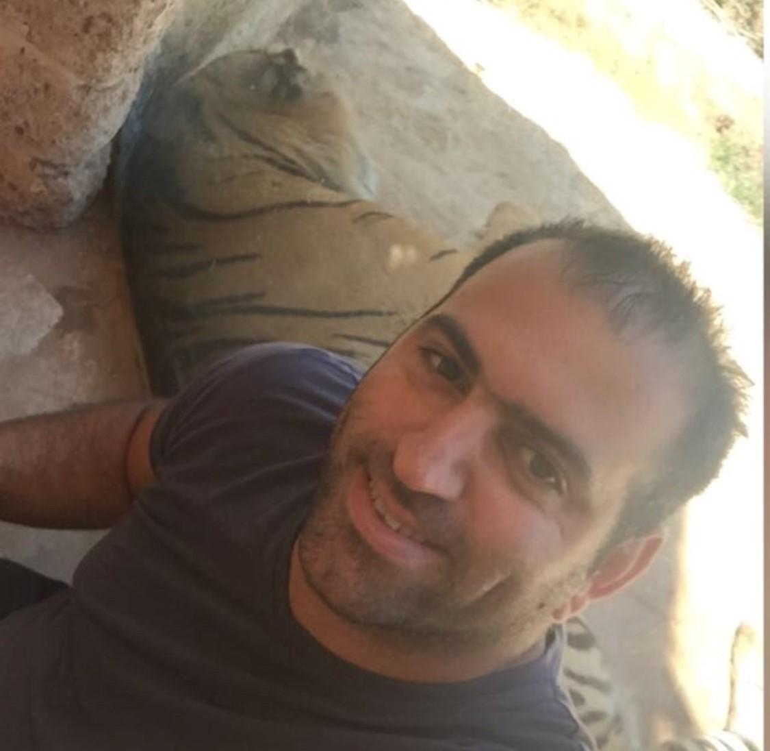 אסף חן חנות בגדי עבודה בראשון לציון המלביש